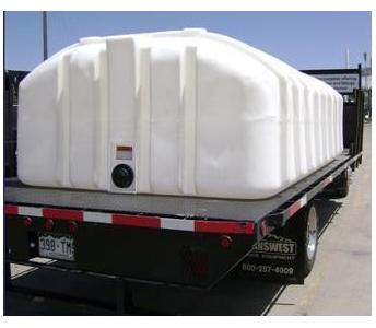 Dillon Company 1600 Gallon Flat Bottom Poly Water Tank