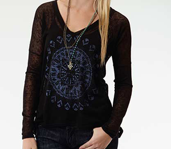 ROPER BLACK FEATHER MEDALLION SCREEN PRINT LONG SLEEVE KNIT