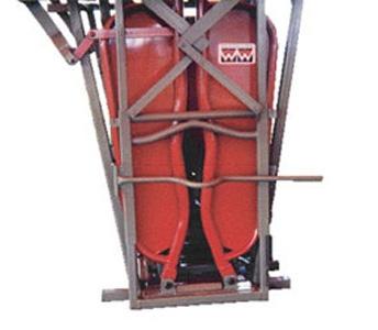 WW Livestock Systems Hydraulic Neck Bar