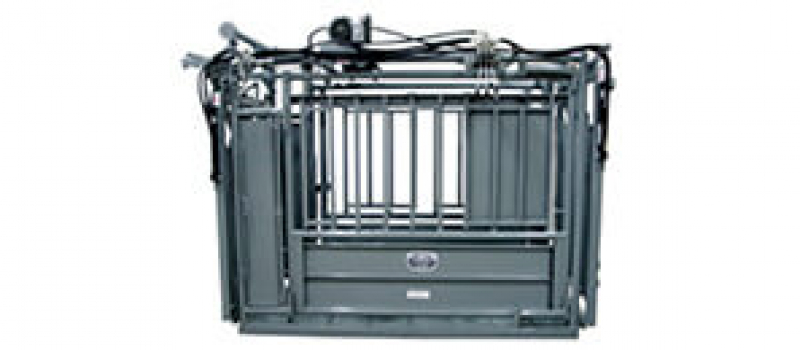livestock handling equipment for sale